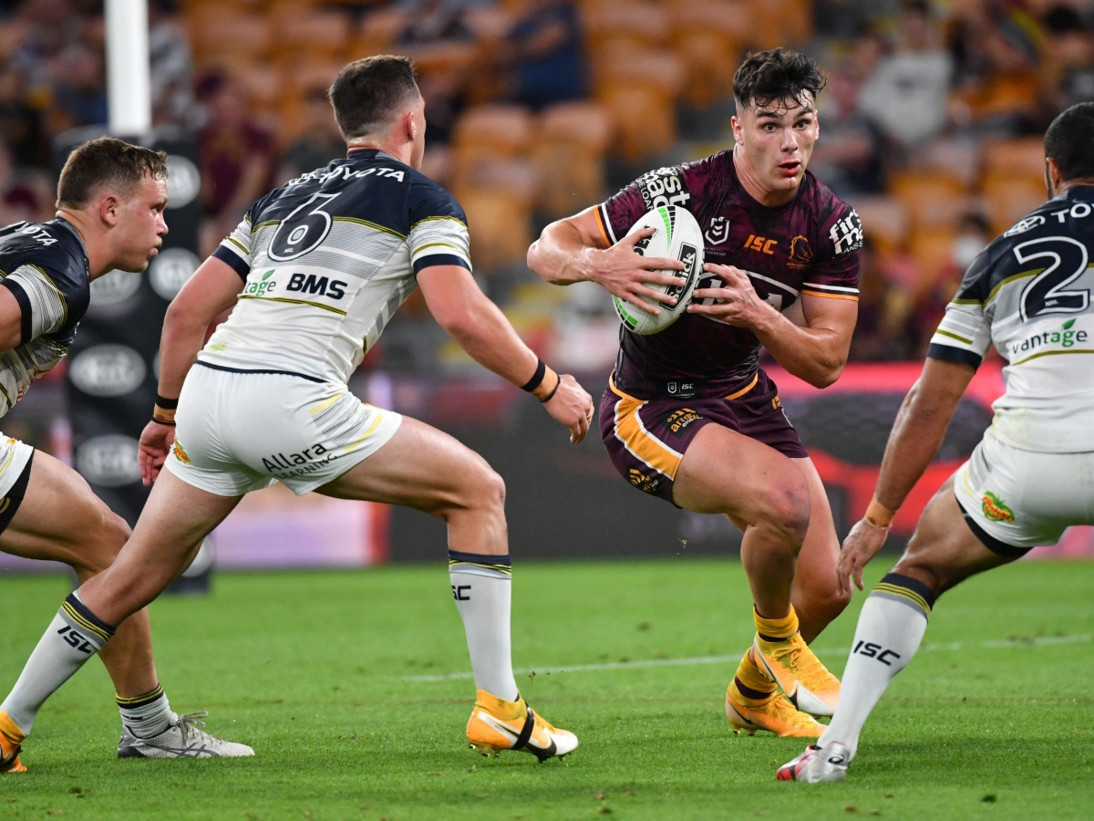 Brits Down Under Burgess Rabbitohs Dismantle Roosters Farnworth Impressive In Defeat And Thompson S Bulldogs Avoid Wooden Spoon Love Rugby League