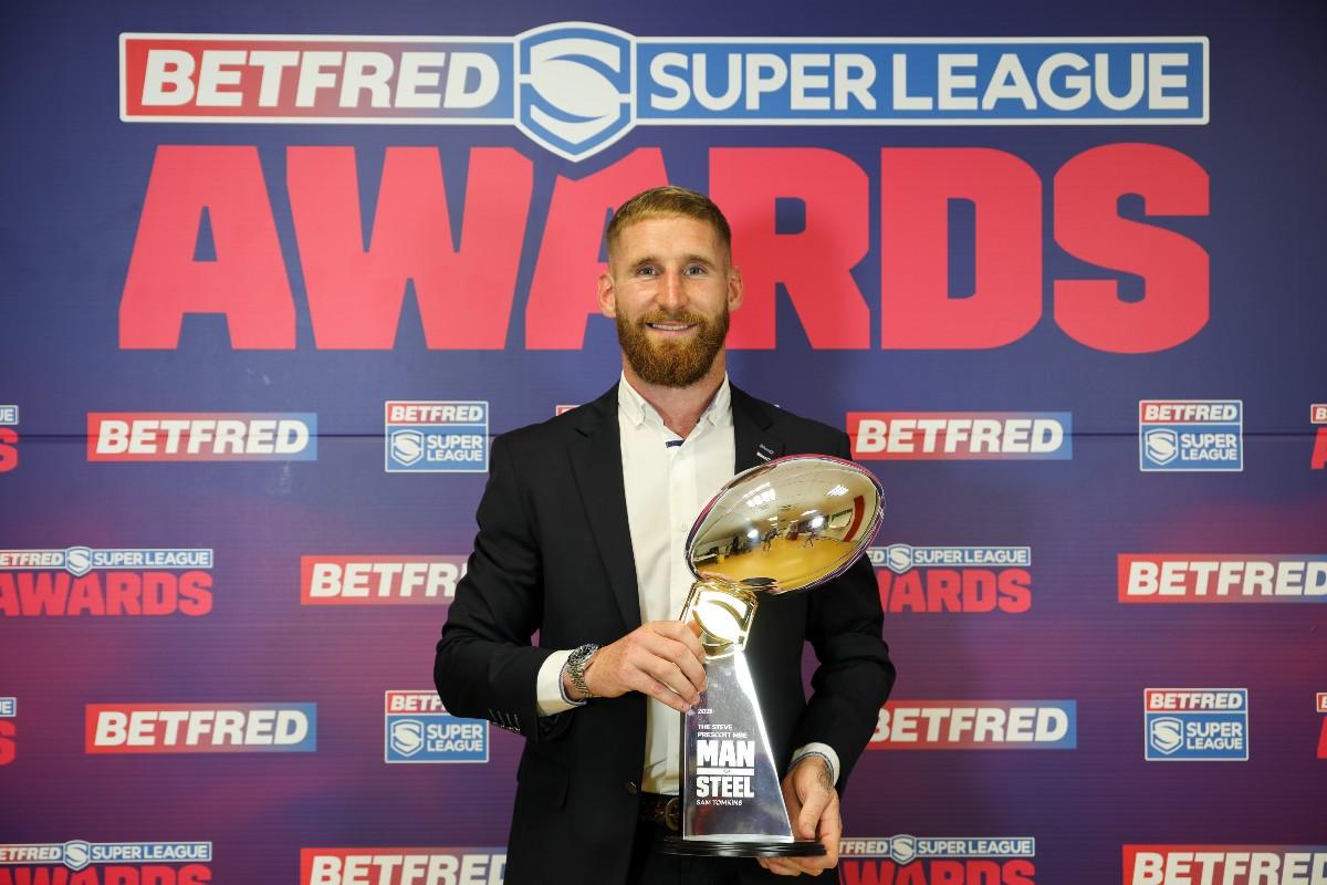 Sam Tomkins wins 2021 Steve Prescott Man of Steel award