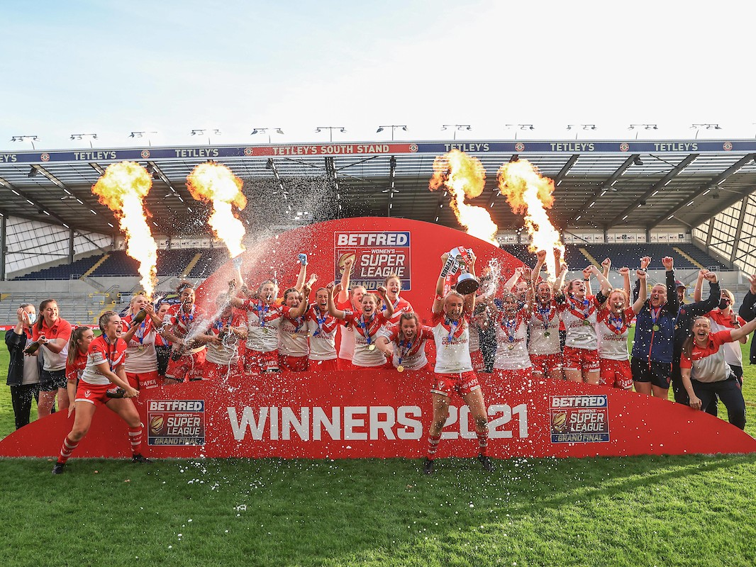 St Helens women celebrate 2021 Women's Super League Grand Final glory