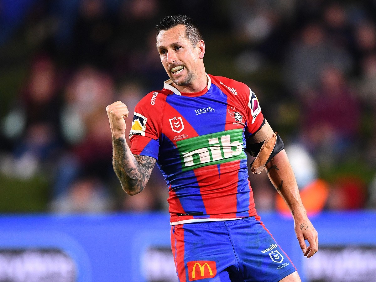 Mitchell Pearce in action for Newcastle Knights